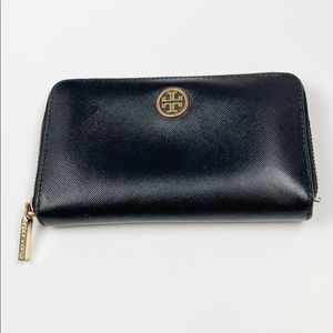 Tory Burch Robinson Black Continental Zip Wallet